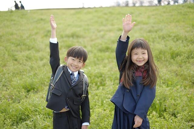 小学生の姉と弟
